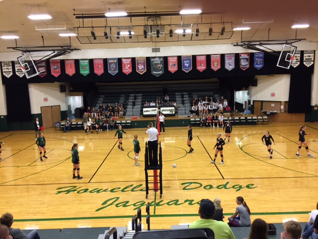 (AUDIO) North Bend Central Volleyball Team sweeps Howells-Dodge