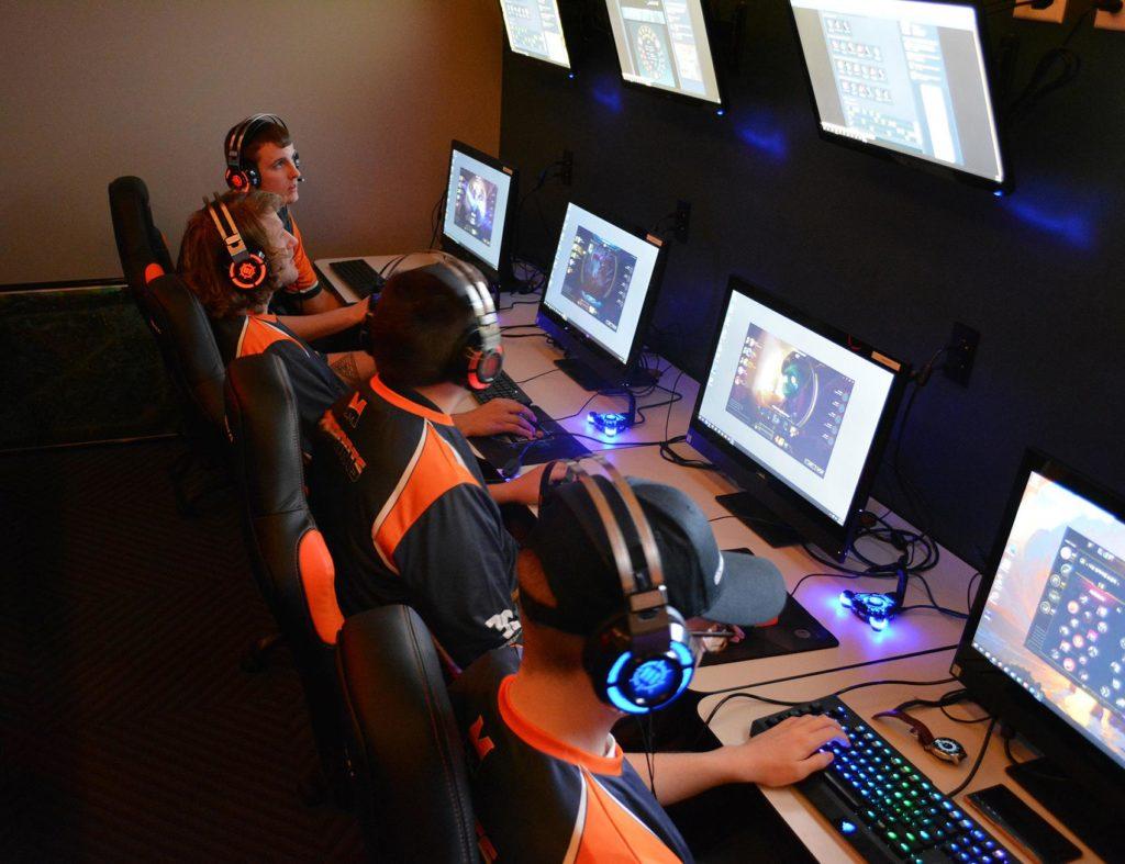 Midland University Unveils New eSports Arena