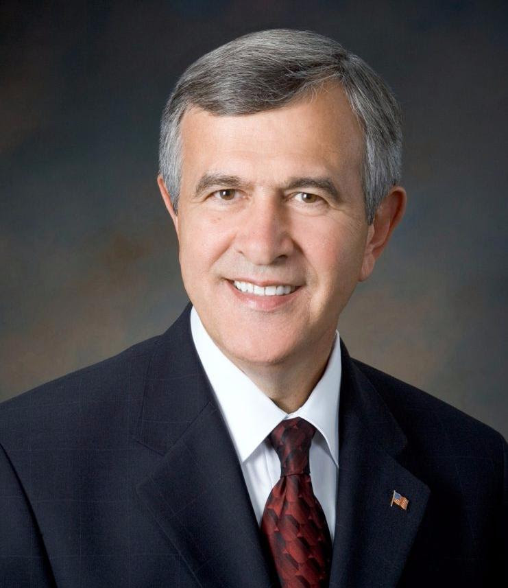 Former Ag Secretary Mike Johanns joins Water for Food board