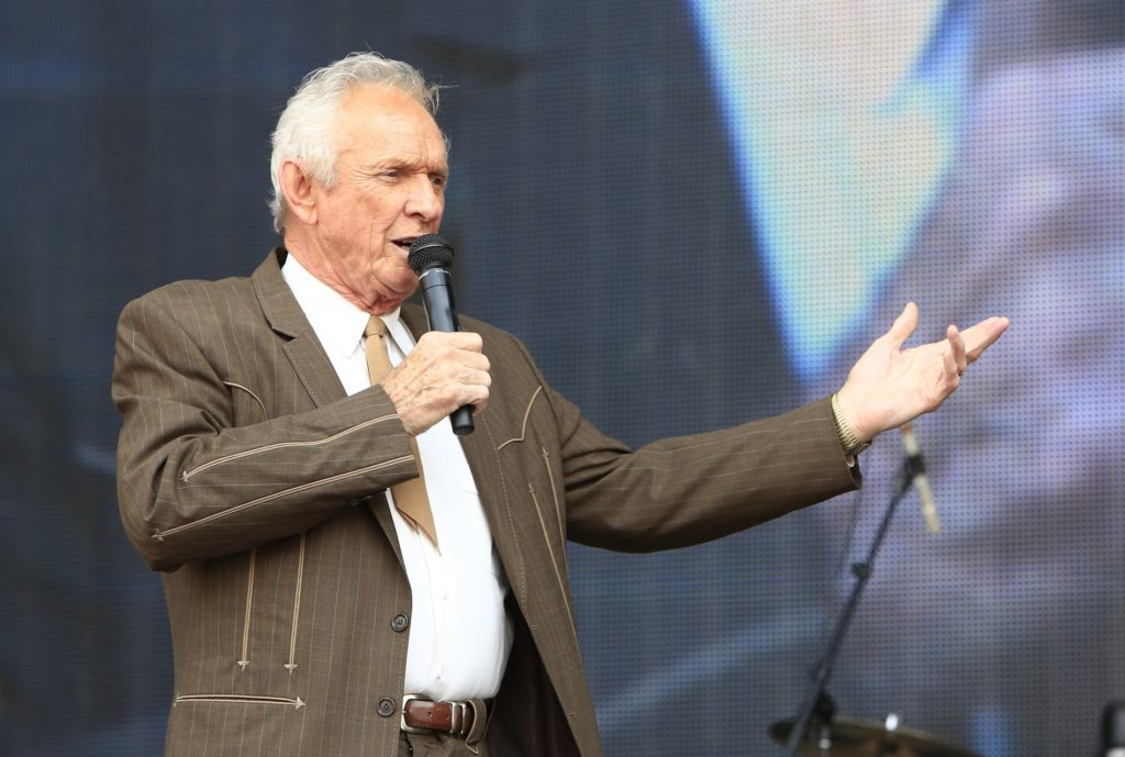Country music Hall of Famer Mel Tillis dead at 85