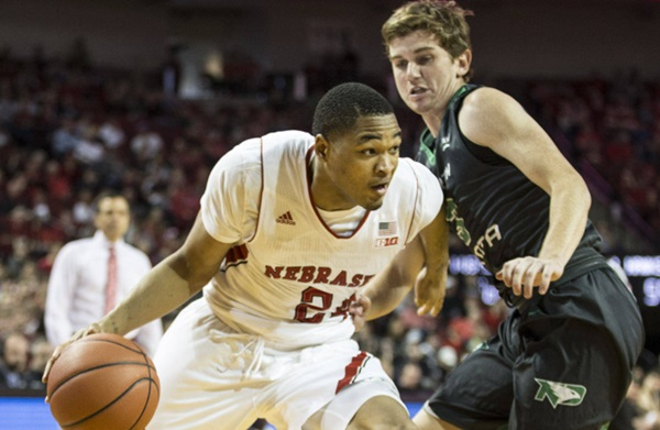 Huskers Fall to UCF, 68-59