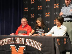 (AUDIO) Mitchell's Jori Peters to play basketball at Chadron State