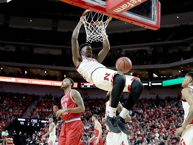 Huskers Sting Hornets with Threes, 85-68