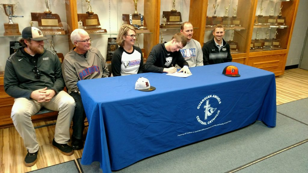 (AUDIO) GACC's Bryant Rief to Play Baseball at Doane