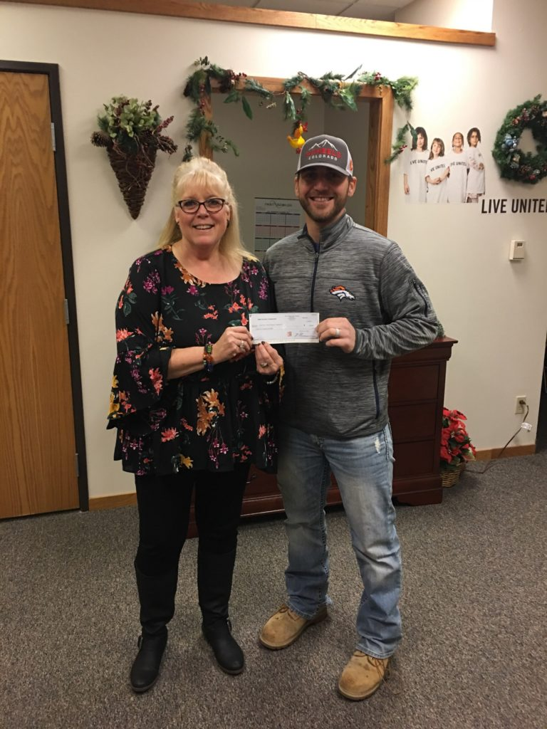 Burlington Northern donates to United Way of Western Nebraska