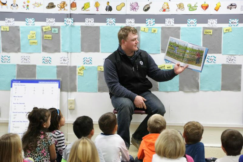WNCC Ag students plant knowledge among elementary schools