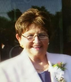 Services were held for former Cozad Mayor Cathy Walters