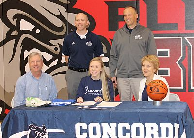 Pleasanton Star Signs With Concordia