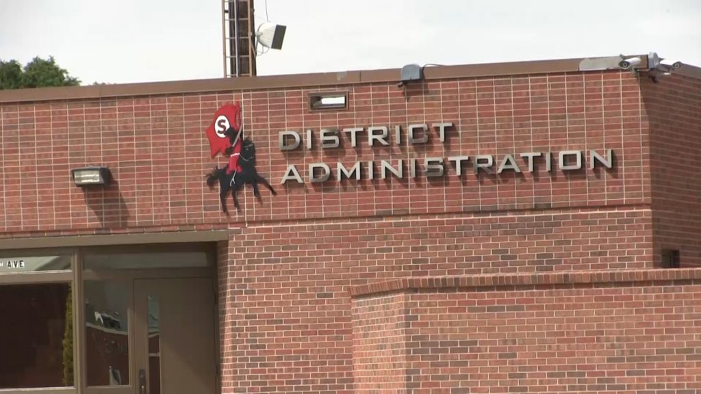 Gas leak forced early Wednesday dismissal for elementary school in Sidney