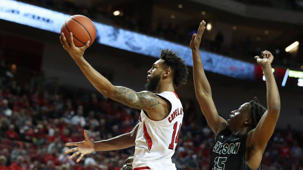 Huskers Return Home to Host Wisconsin