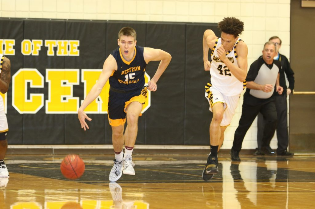 WNCC men cruise over EWC