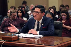 Undocumented children deserve health insurance, lawmaker says