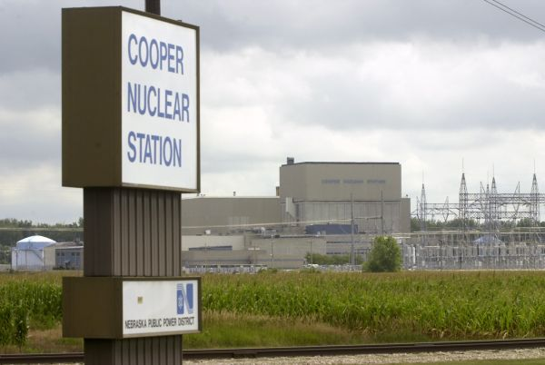 Utility extinguishes fire at Nebraska nuclear power plant