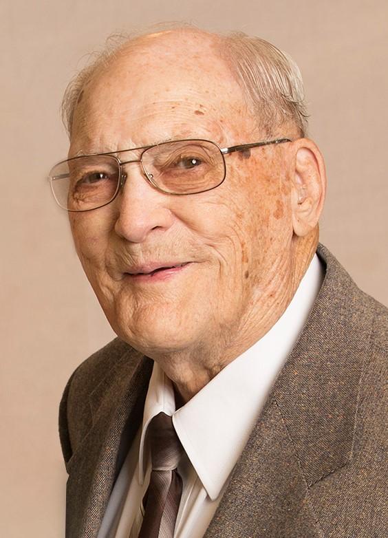 Ralph Lavern Lammers, age 97, of Arapahoe, Nebraska