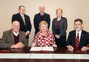 NCTA and Mississippi State announce poultry partnership