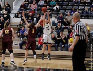 Wayne State Women win over Minnesota Crookston in 1st round NSIC Tournament; Men lose at St. Cloud State