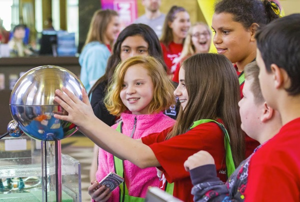 Nebraska Science Festival launches essay contest