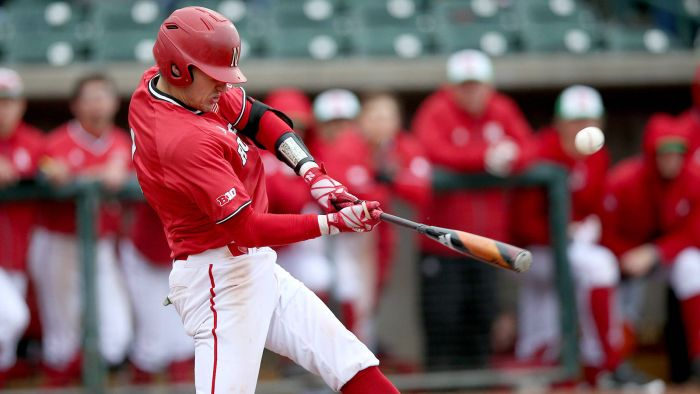 Huskers Drop Big Ten Opener to Gophers, 5-1