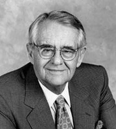 Kearney native Peter Peterson, billionaire and philanthropist, dies at 91