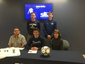 (Audio) Muñoz continues soccer career at Concordia