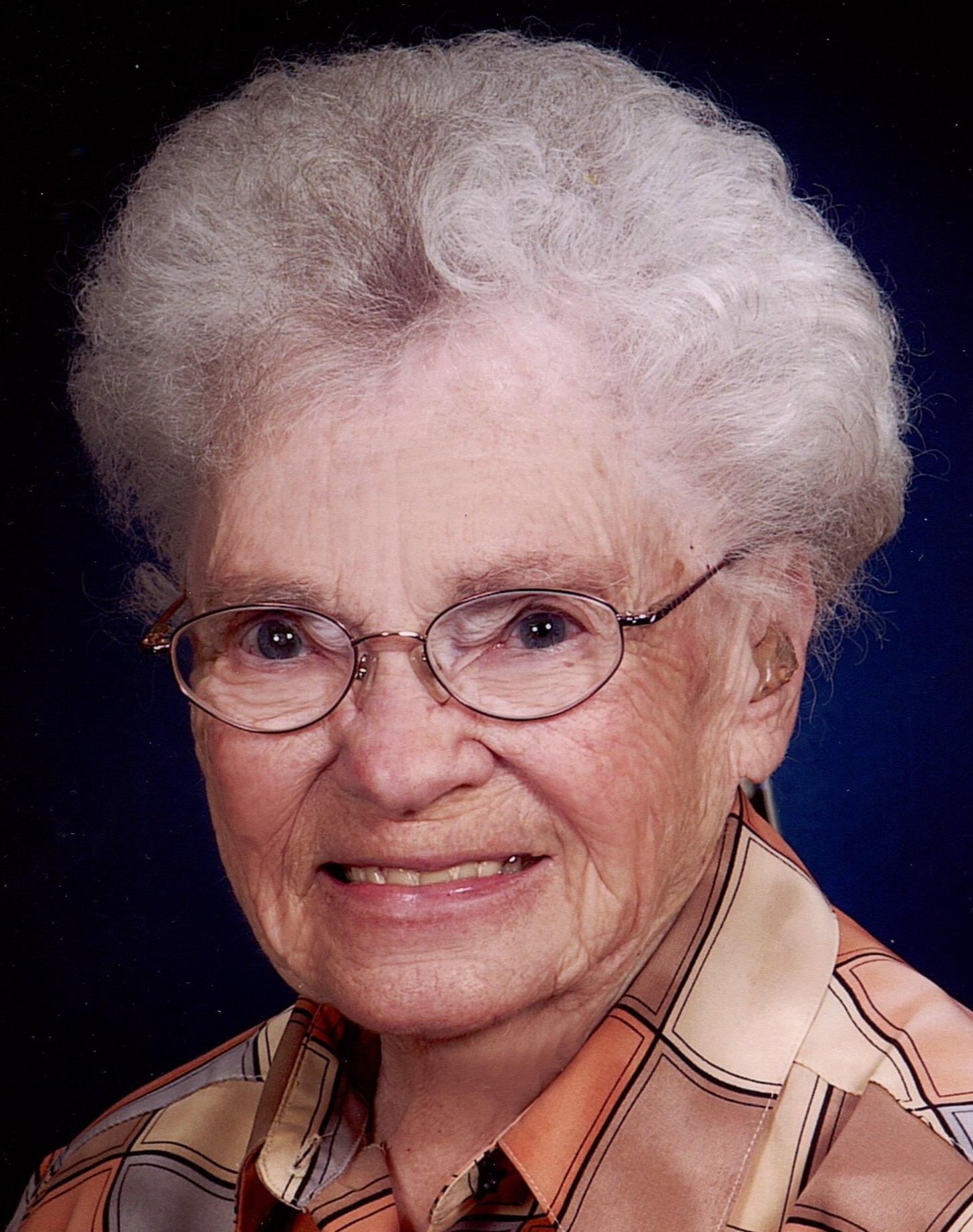 Dorothy Arline DeMaranville, 97, Scottsbluff