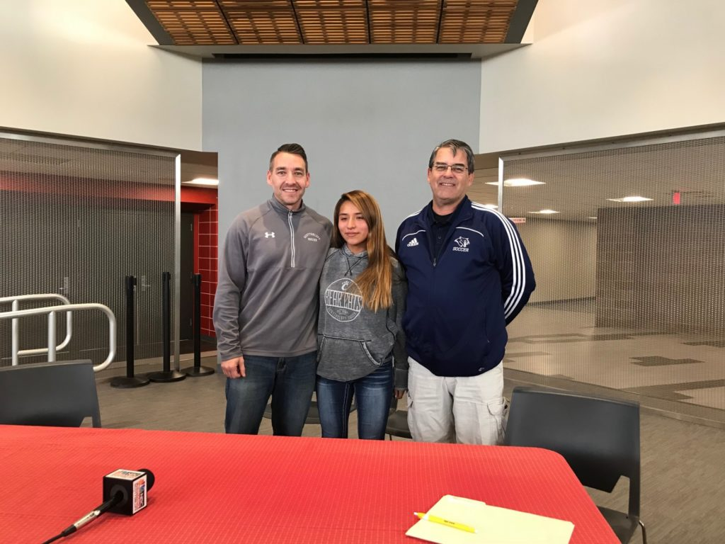Scottsbluff's Espinoza inks with WNCC women's soccer