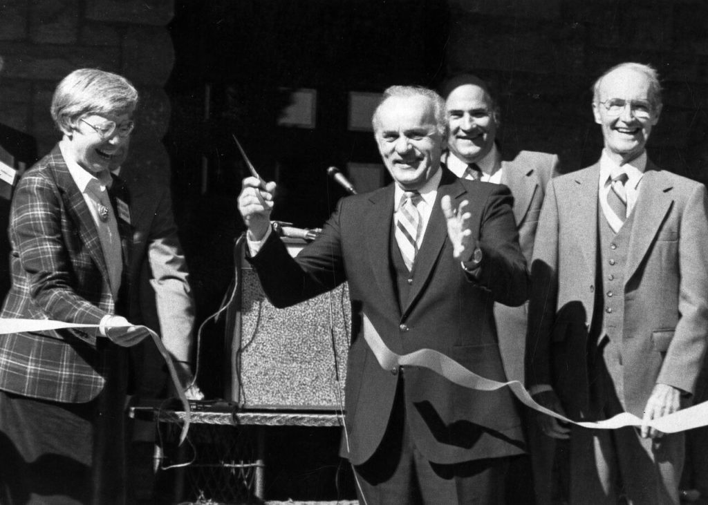 Former Nebraska Governor Charlie Thone Dies At 94