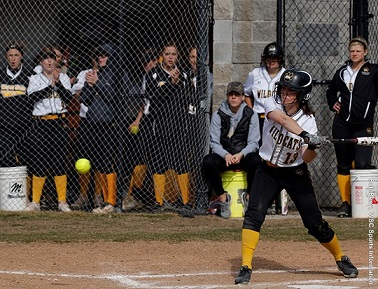 Wayne State Softball loses doubleheader to Augustana
