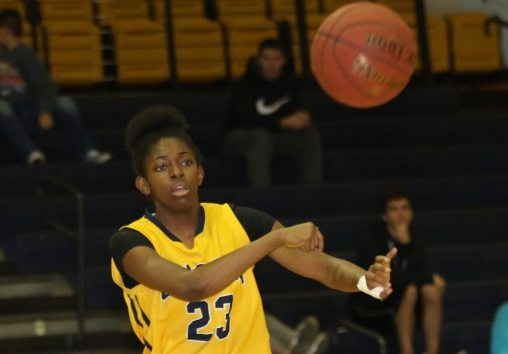 Seay scores 34 to lead WNCC women to title game