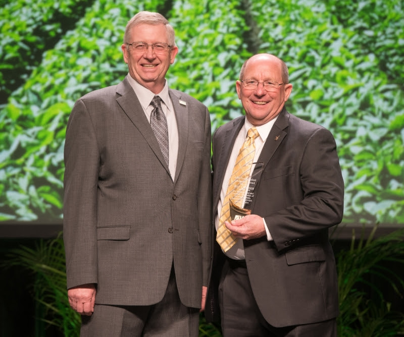 ASA Honors Ray Gaesser with Distinguished Leadership Award