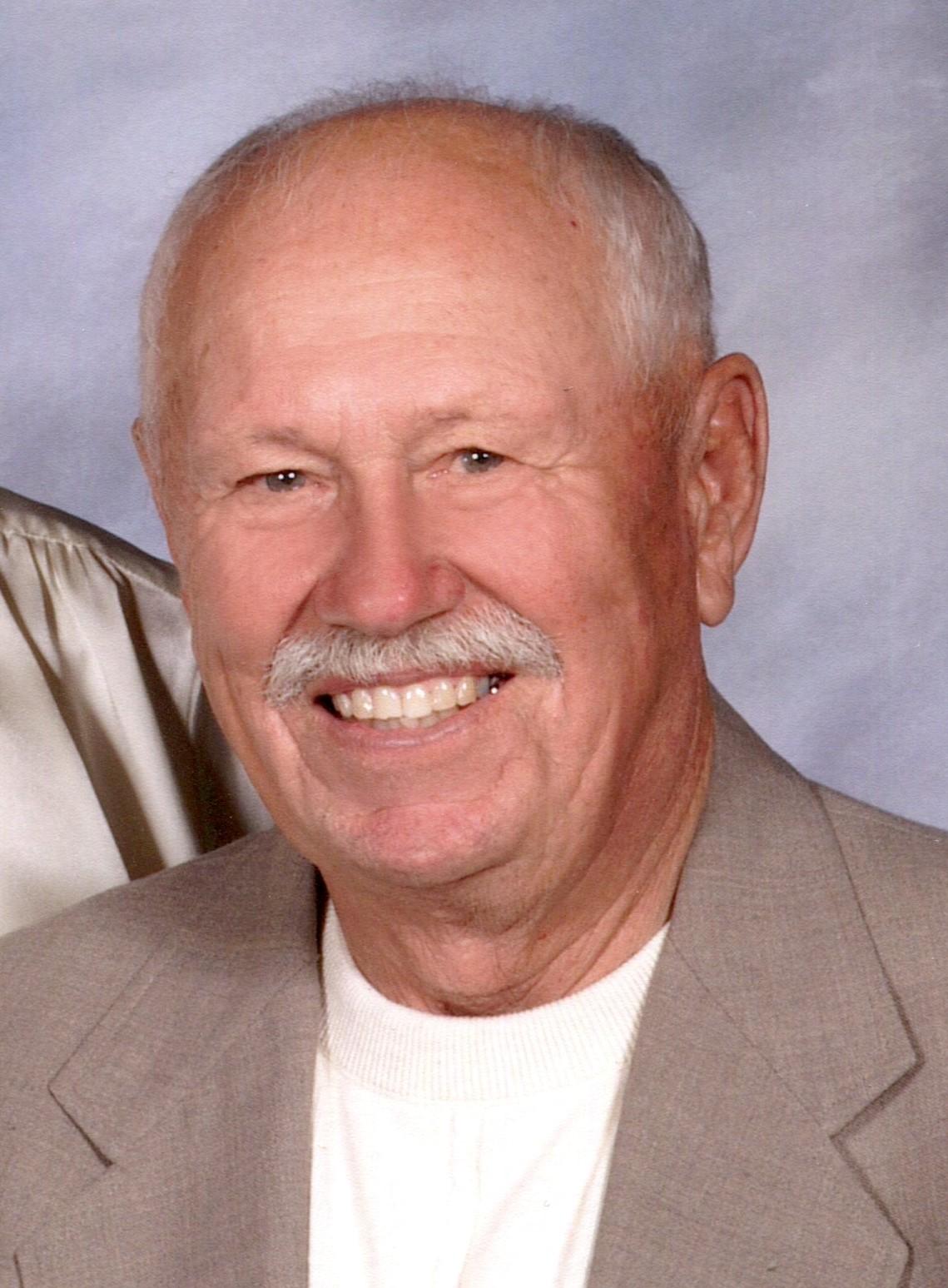 """Henry E. """"Hank"""" Aschenbrenner, 81, rural Minatare"""