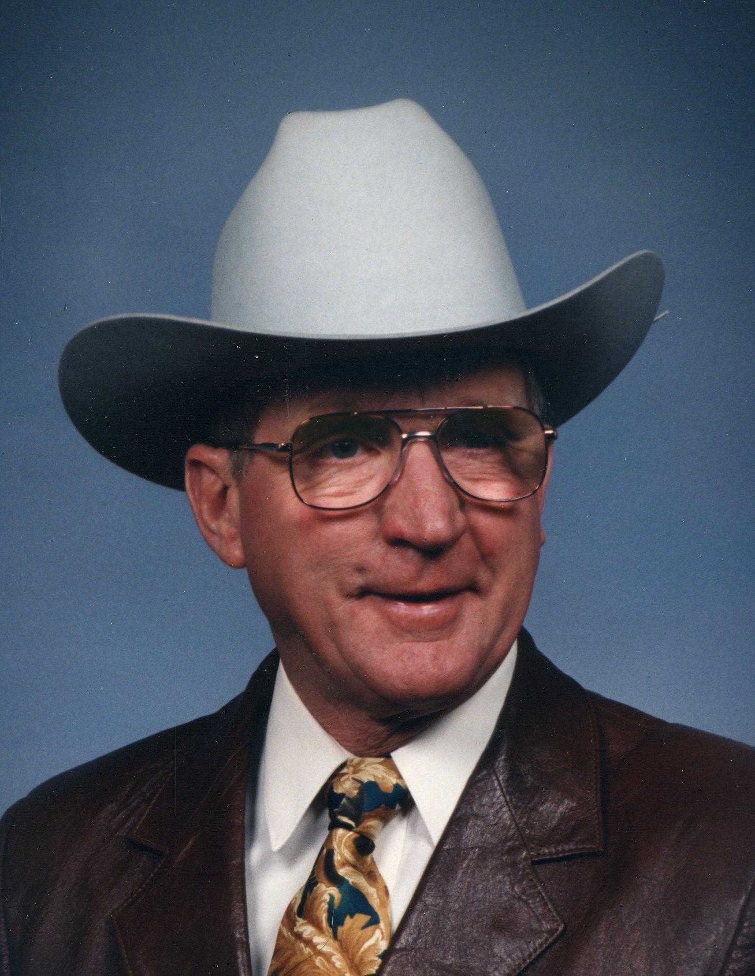 Dean C. Martin, 81 of Lexington, NE and Apache Junction, AZ