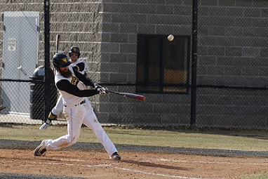 WSC baseball eeks out doubleheader sweep of Southwest Minnesota State