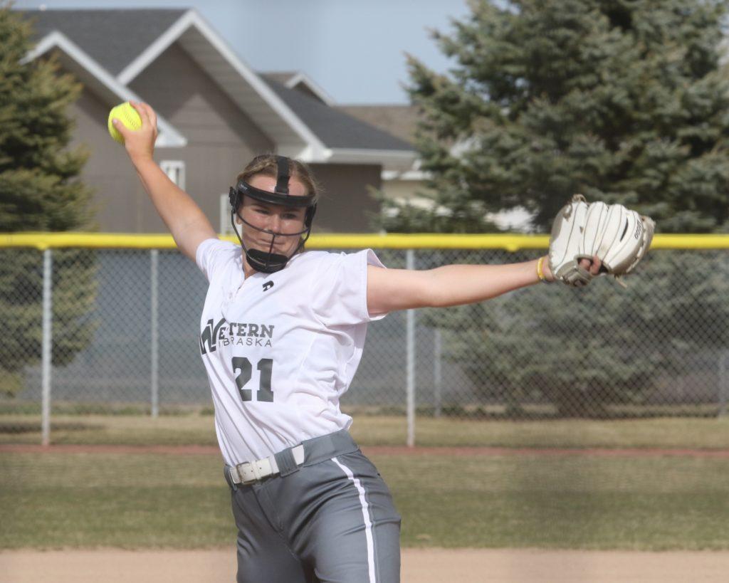 WNCC softball splits with McCook