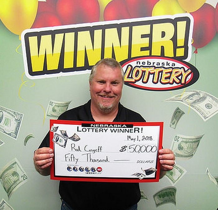 Doniphan man wins $50k playing Powerball
