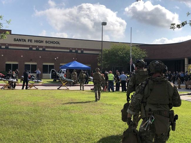10 dead, 10 injured in Texas high school shooting