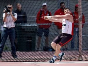 Huskers Compete At Regional Meet
