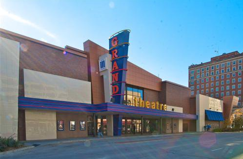 Lincoln movie theater to pilot open-captioning program