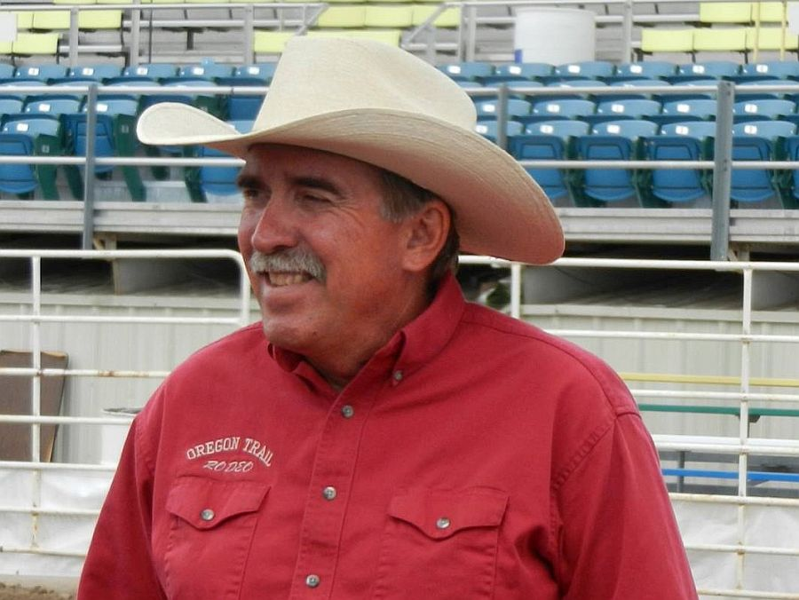 Hastings man gives time, resources to help put on high school rodeo
