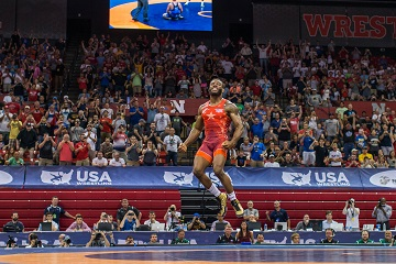 Burroughs, Green Set for Final X Lincoln Saturday Night at the Devaney Center