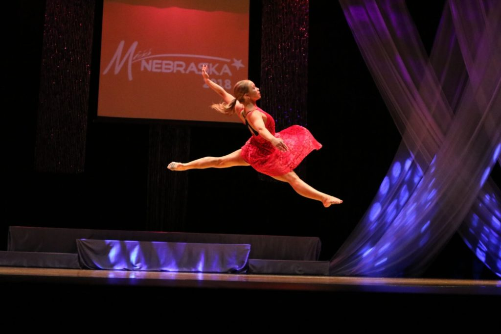 Gering graduate winner of Friday Miss Nebraska talent competition