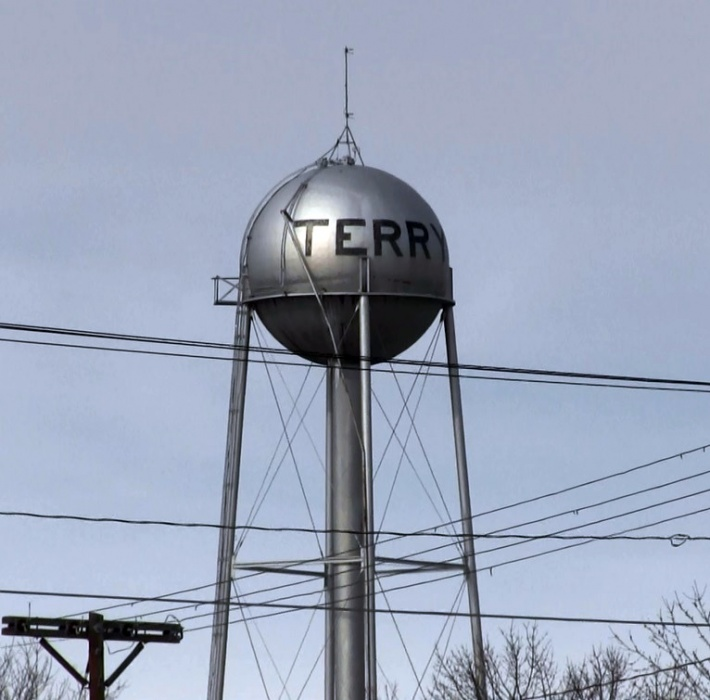 Terrytown water upgrade waiting this summer for right of way easements