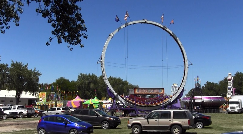 Carnival open for Scotts Bluff County Fair
