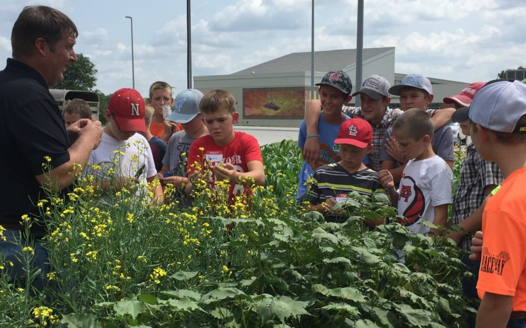 Agronomy roots STEM to youth