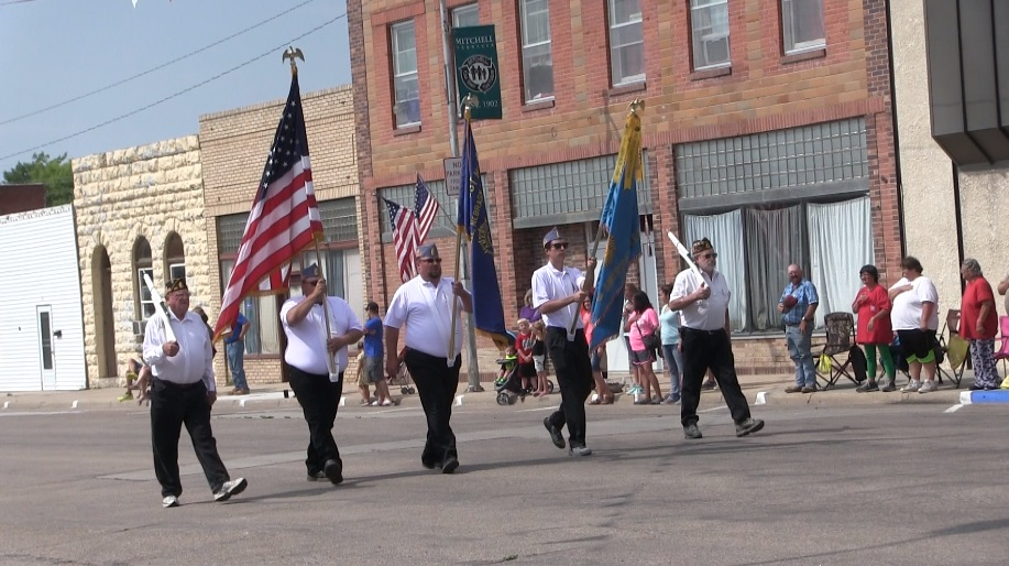 Scotts Bluff County Fair kicks off with Saturday parade