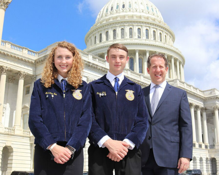 FFA students learn leadership skills and more on DC trip