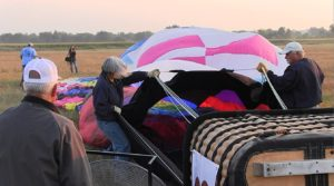 28 balloons launch in Friday morning start of Old West Balloon Festival