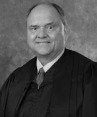 Panhandle county judge leaves bench for knee replacement surgery