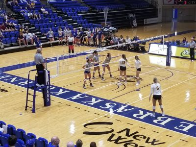 Lopers Improve To 6-0 On The Year