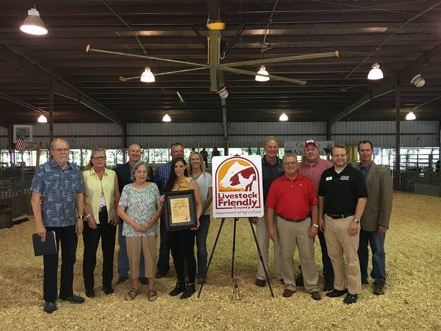 Ricketts Announces Seward County as Newest Nebraska Livestock Friendly County